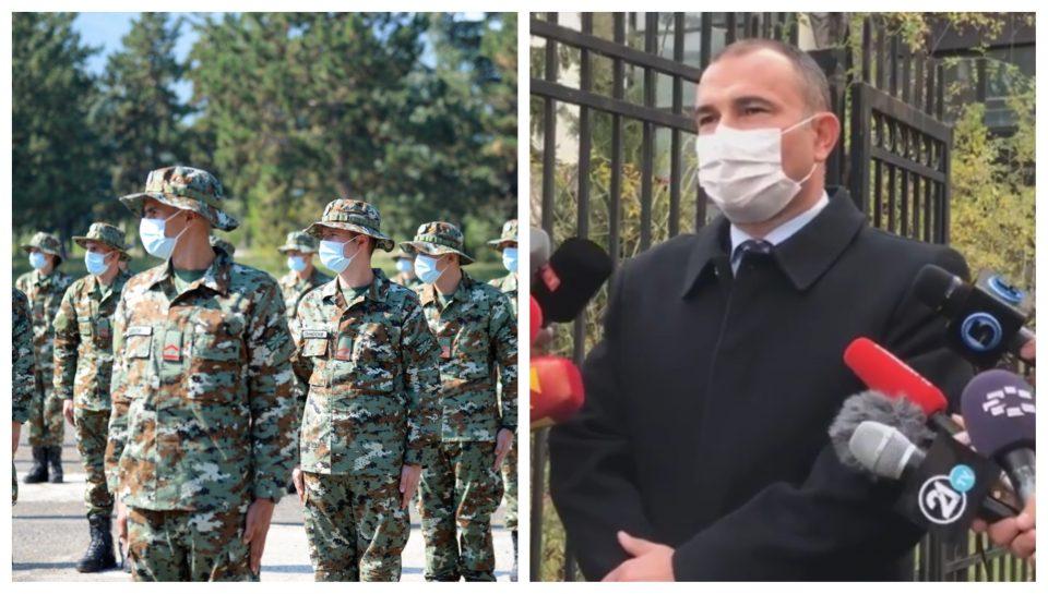 Околу 300 војници невооружени пред болниците