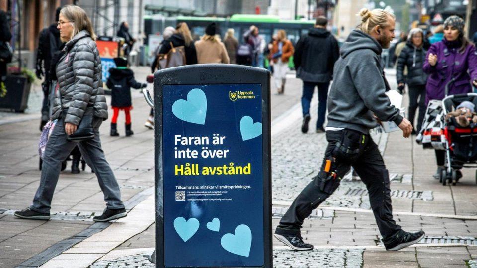 Јавните собири во Шведска ограничени на осум луѓе
