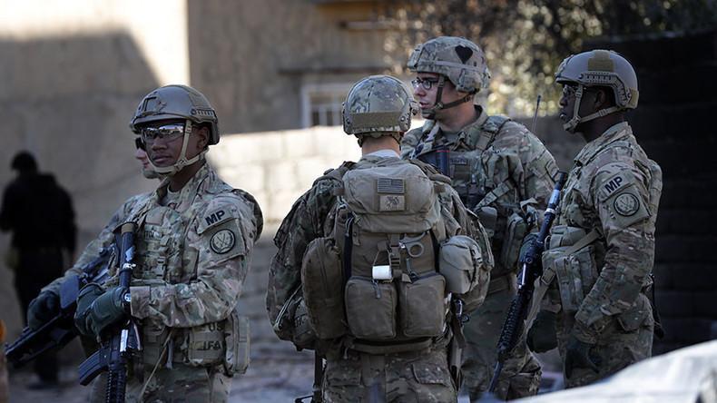 Tрамп повлекува дел од војската од Авганистан и од Ирак