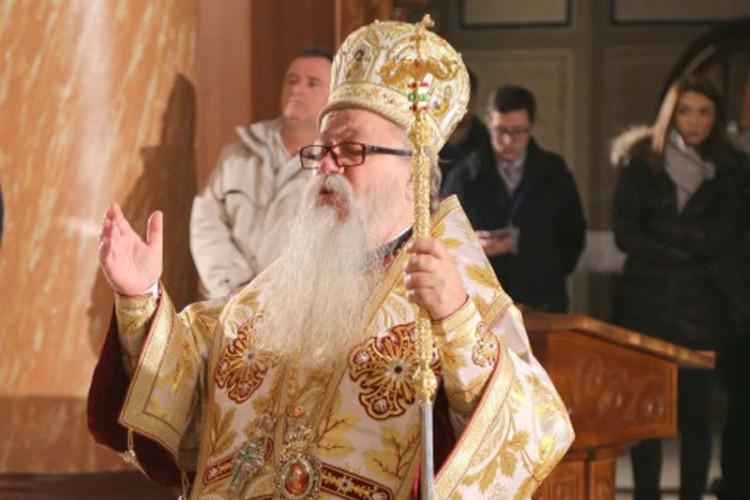 Хоспитализиран наследникот на српскиот патријарх Иринеј – и тој е позитивен на Ковид 19
