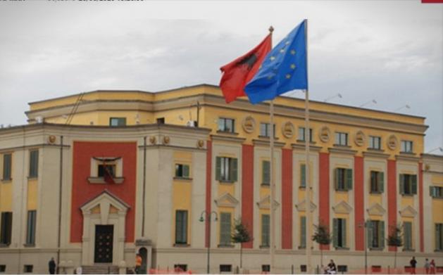 САД и ЕУ побараа Уставниот суд на Албанија да профункционира до крајот на годинава