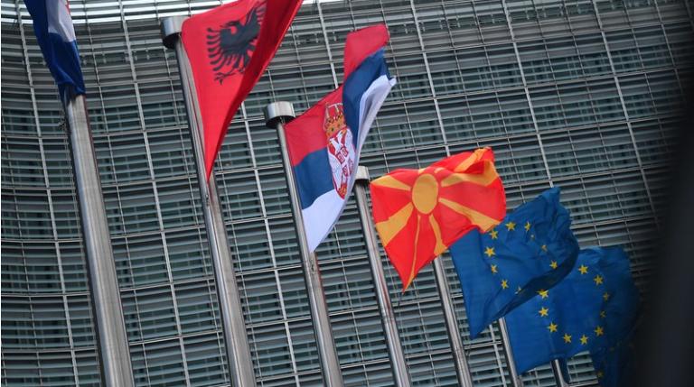 Европската Унија утре ќе ја разгледува можноста за поделба на вакцини за земјите од Западен Балкан