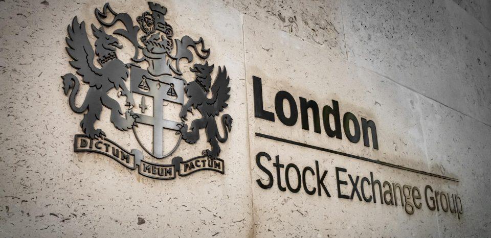 По одобрување на вакцината, Лондонската берза регистрира пораст на акциите