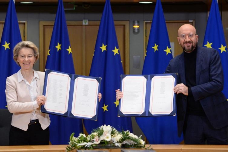 Владите на ЕУ го одобрија трговскиот договор со Британија