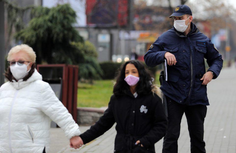 Казнети 644 лица за неносење маска