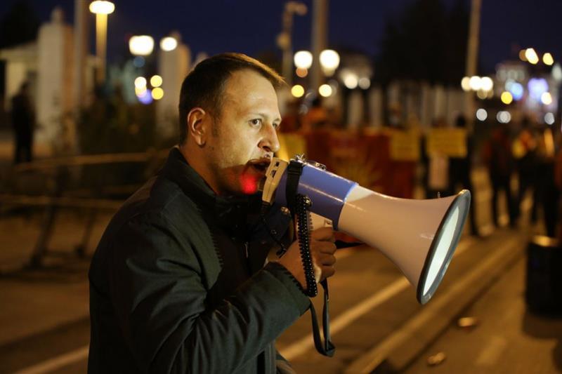 Јанушев: Време е да ја вратиме државата во рацете на народот