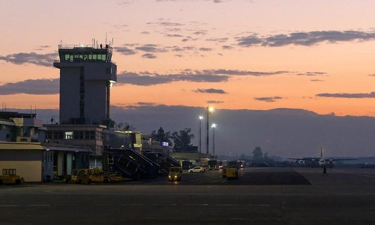 Прекин во воздушниот сообраќај над Загреб: Оштетена контролната кула