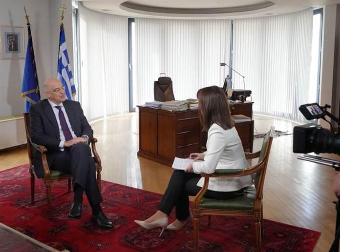 Грција ќе се обидува да го олеснува решавањето на разликите меѓу Скопје и Софија