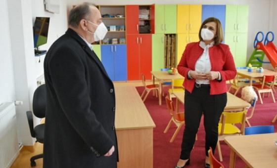 Шахпаска: Отворање градинки во секое катче на државата е приоритет на Владата