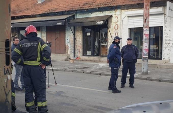 Фрлена бомба во кафуле во Белград