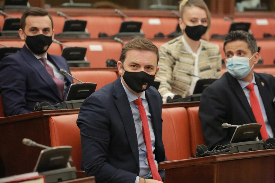 Османи во официјална посета на Црна Гора на средба со Ѓукановиќ