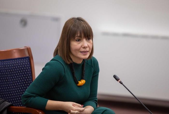 Царовска: Низ дијалог со компаниите ќе ги утврдиме профилите кои ќе ги отвориме во стручните училишта од идната учебна година