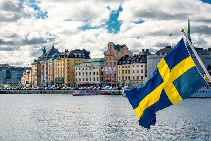 Шведска препорачува да се одложат сите патувања надвор од Европа до 15 април
