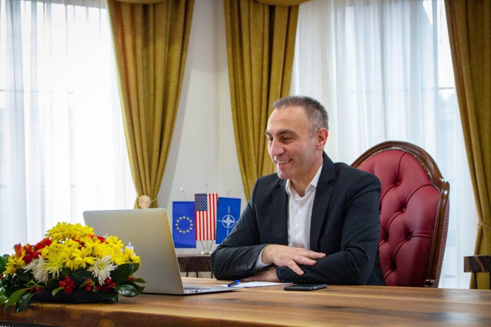 Груби – Абазовиќ: Соработката меѓу Македонија и Црна Гора е на одлично ниво