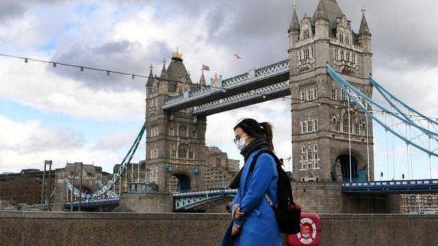 Во Лондон едно од 20 лица е заразено со коронавирус