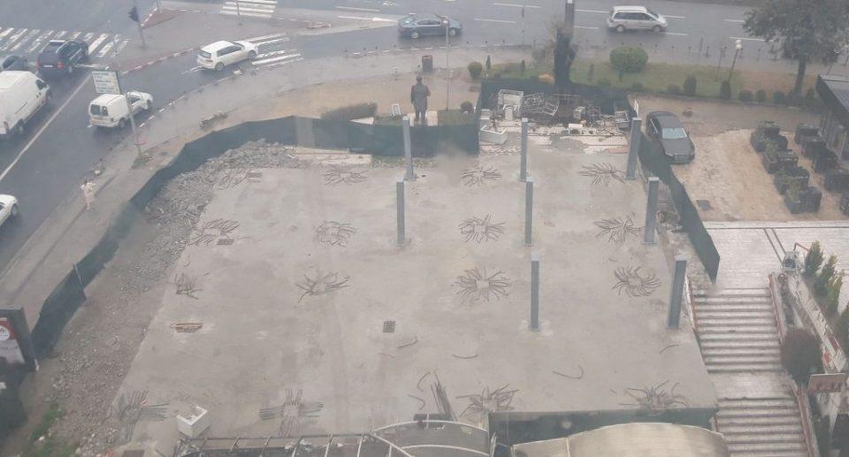 Повторно се гради кај урнатата дивоградба кај ТЦ Мавровка: Се поставува лесна конструкција