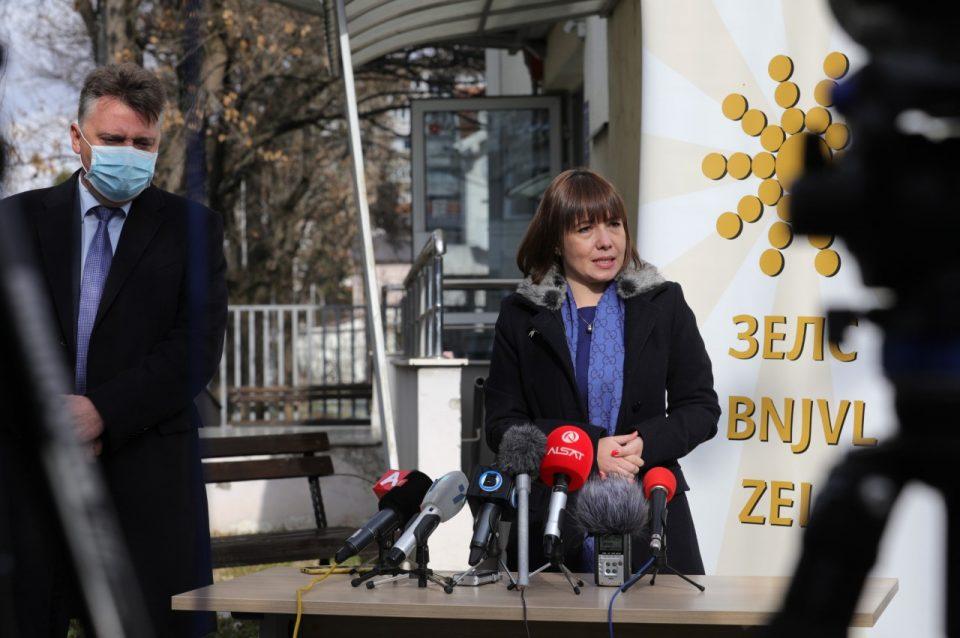 Царовска одбила да ја коментира проф. Котеска, која го откри скандалот во Филолошки факултет