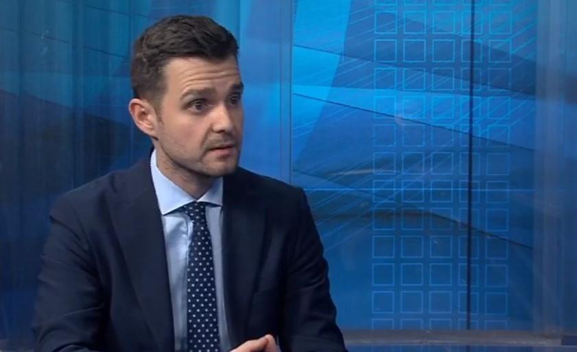 Муцунски: Правото на вето на заменик-директорот на ДЗС потврдува дека ова е политичка, а не статистичка операција