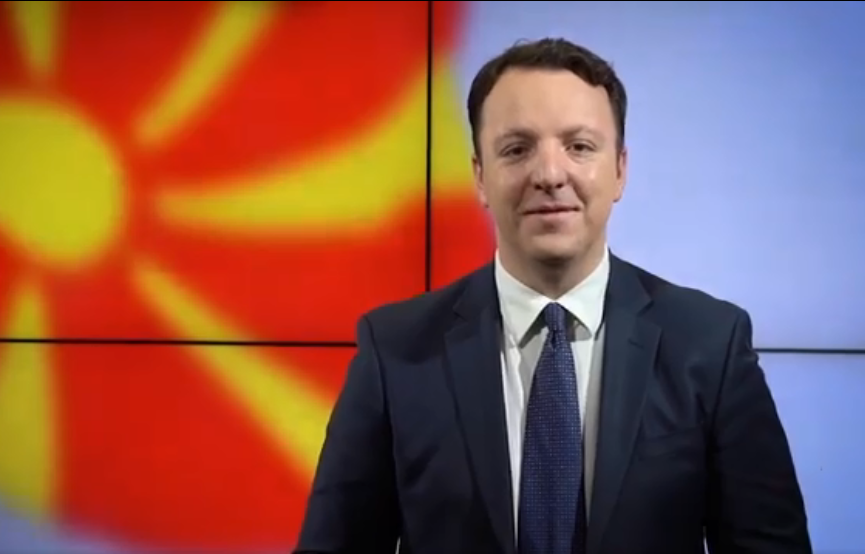 Николоски: Шекеринска и Пендаровски да одговорат зошто НАТО не дава сертификати на шест членови на АРМ