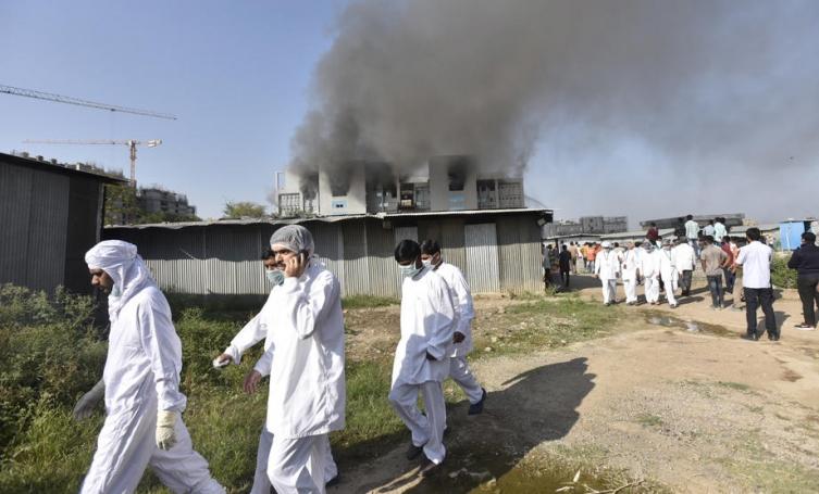 Петмина загинаа во пожарот во фабриката за вакцини