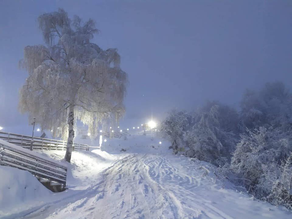 Снежни врнежи ќе има и во текот на ноќта, најмногу во западните делови