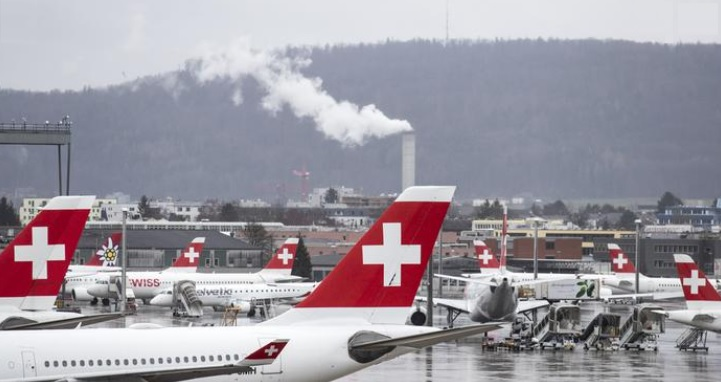 Задолжителен ПЦР тест за сите кои со авион доаѓаат во Швајцарија
