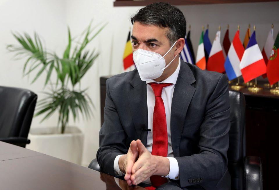 Вицепремиерот Димитров позитивен на коронавирус