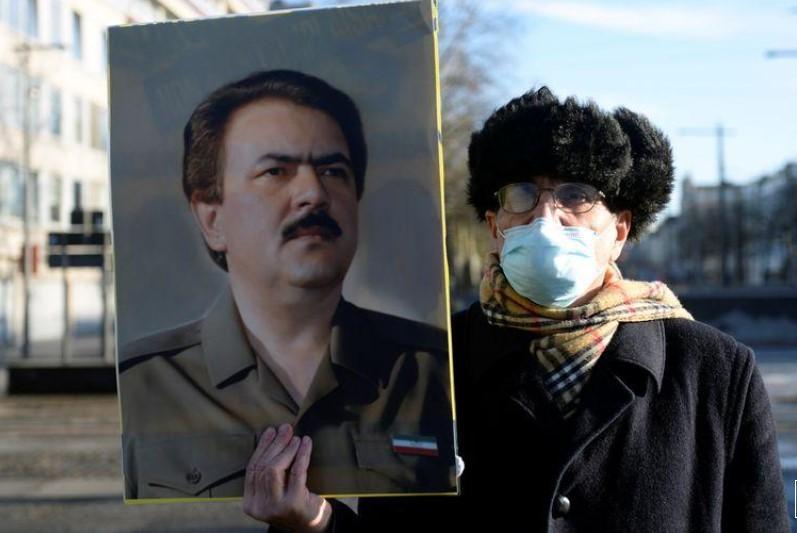 За прв пат во Европа: Ирански дипломат осуден на 20-годишна затворска казна