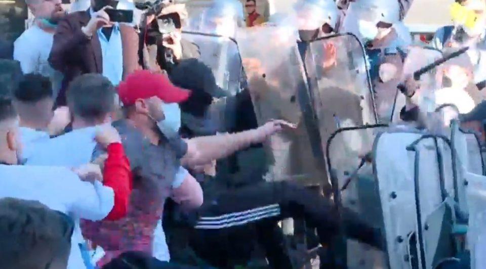 Алијансата за Албанците и Алтернатива ја обвинија Владата за насилството на вчерашниот протест