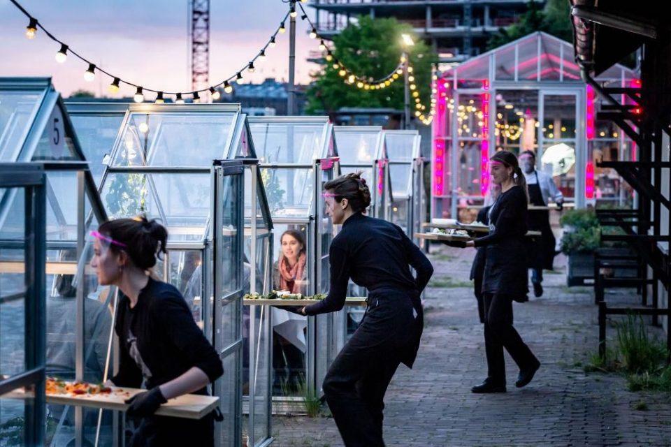 Угостителите во Холандија ја тужат Владата поради рестриктивните мерки