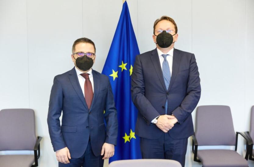 Бесими – Вархеји: ЕУ планира дополнителни 20 милијарди евра инвестиции за Западен Балкан