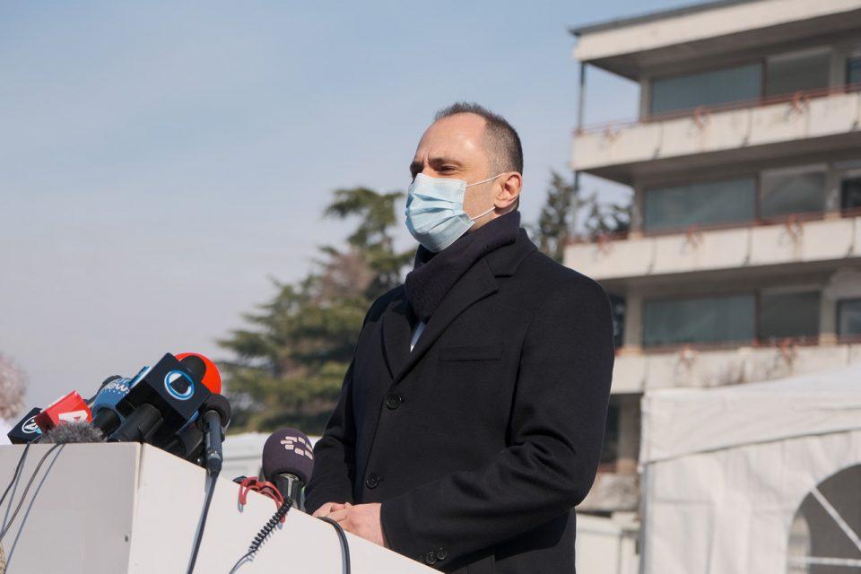 Филипче очекува дека до крајот на месецот ќе почне масовното вакцинирање на населението