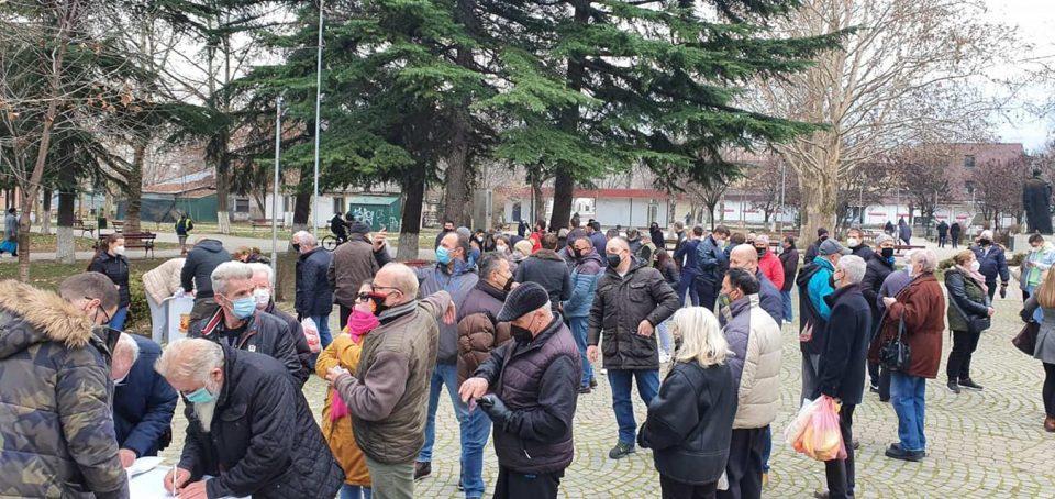 Илјадници скопјани се потпишаа против фалсификат пописот на Заев