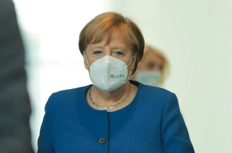 Меркел: Потребен ни е дигитален сертификат за вакцинација веројатно пред лето