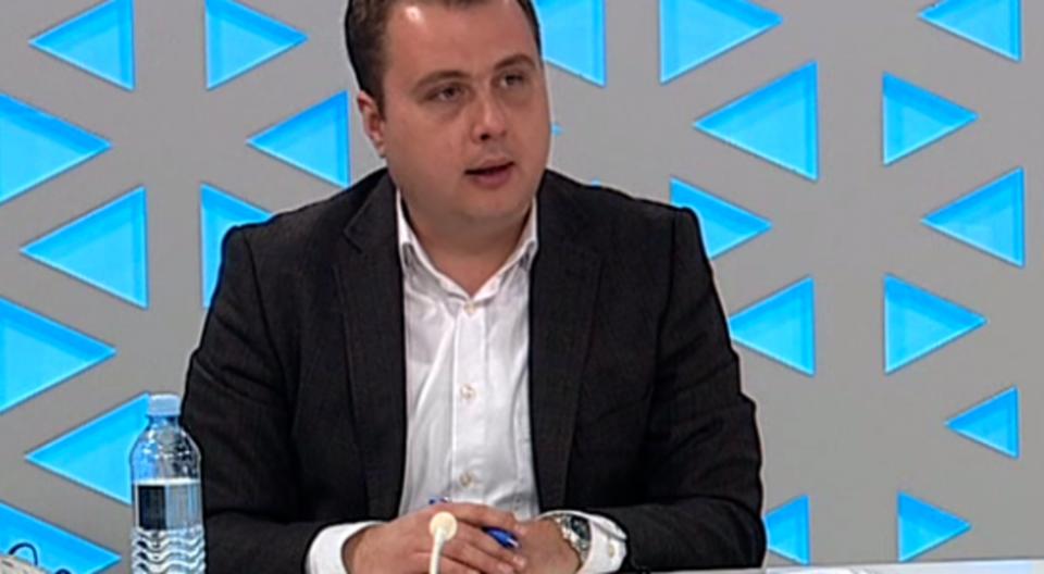 Пренџов ќе поднесе амандман до Собранието за да му се прости враќањето на пари за плати на приватниот сектор