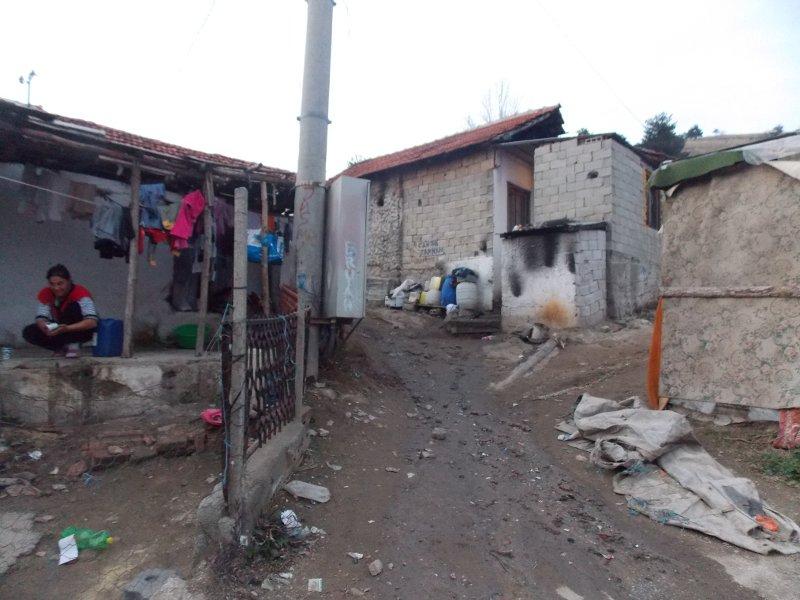 Со 3,2 милиони евра ќе се подобруваат условите за живеење во ромските населби