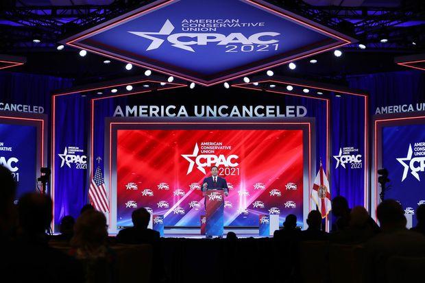Круз на годишниот собир на републиканците: Нешто ќе ви кажам, Доналд Трамп не оди никаде