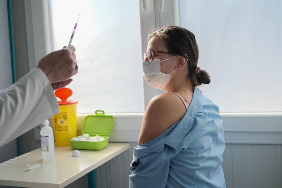 Здравствени работници до Филипче: Вакцини за секого, сите сме изложени на ризик