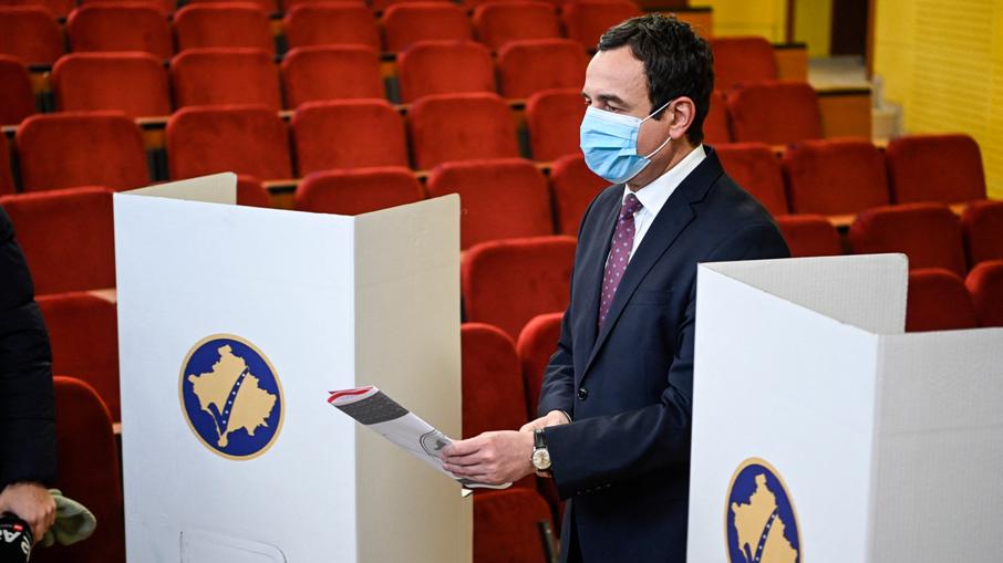 Косово: Самоопределување освои 50,28 отсто од гласовите