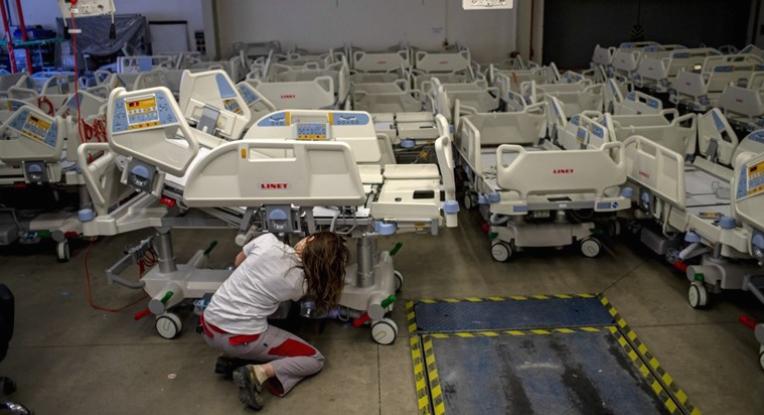 Состојбата во чешките болници е критична, дел од пациентите ќе се лекуваат во странство