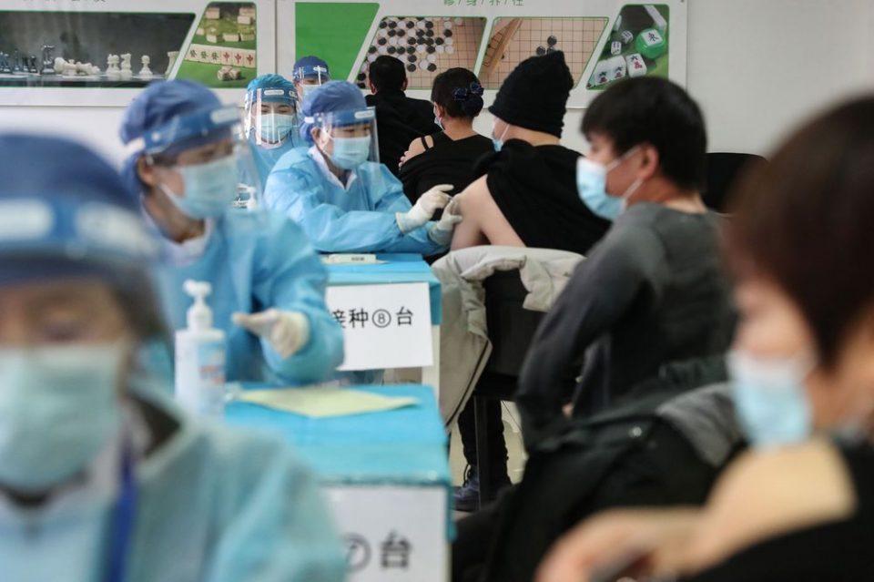 Кина планира да вакцинира 40 отсто од населението до јули