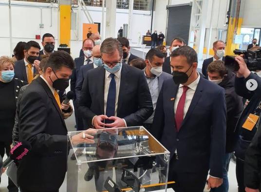 Отворена нова германска фабрика во Србија за електронски системи, Македонија со Заев никаде ја нема