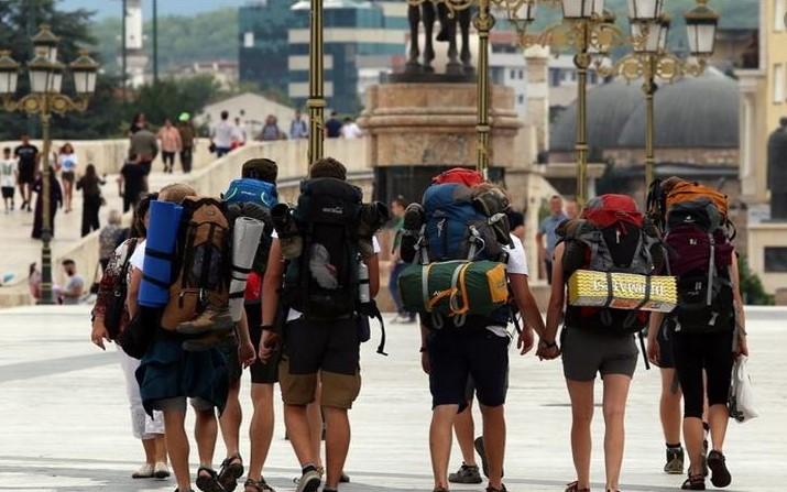 Бројот на туристи преполовен, 70 отсто помалку странци ја посетиле Македонија