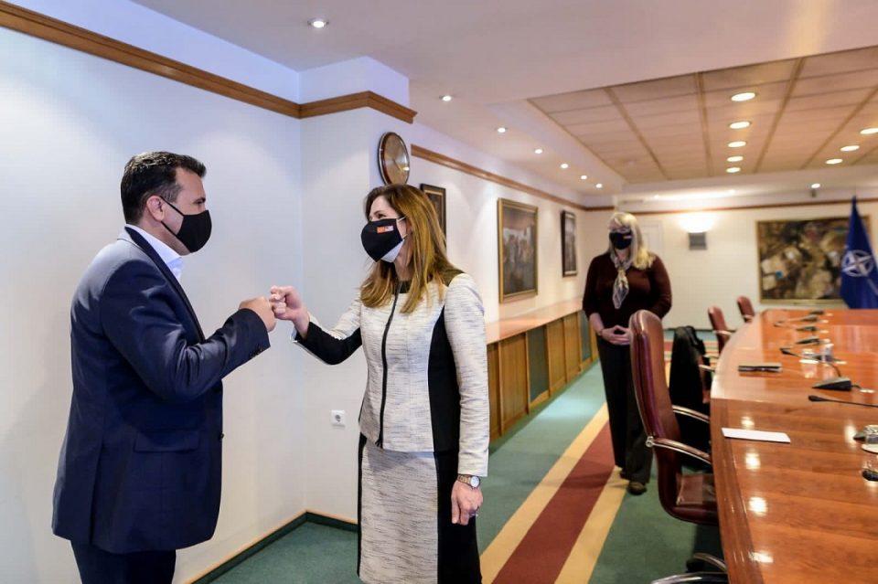 Заев – Брнз: Поддршка од САД во борбата против корупцијата